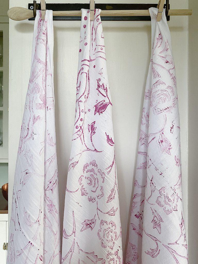 Valentine DIY Painted Hanging Towels