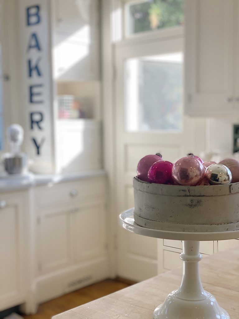 White-Kitchen-with-Pink-Accents