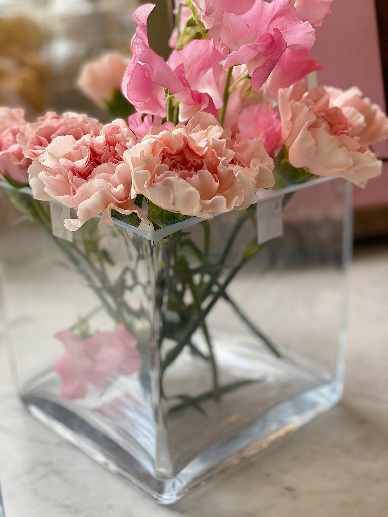How to Arrange Flowers 4
