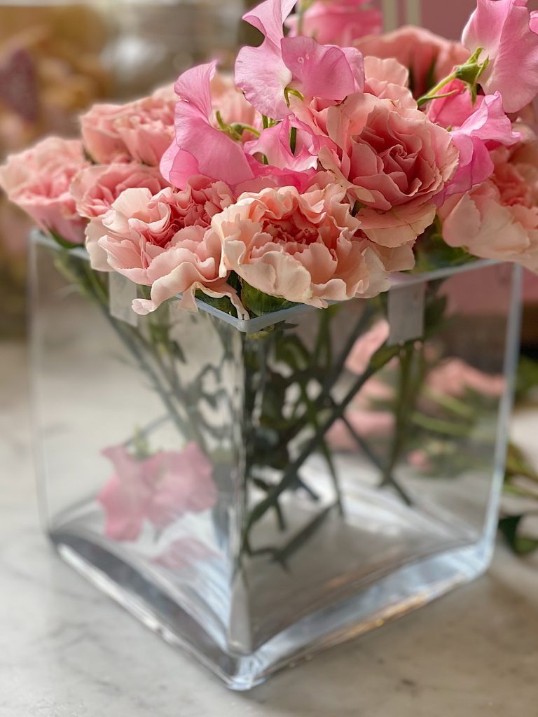 How to Arrange Flowers 7