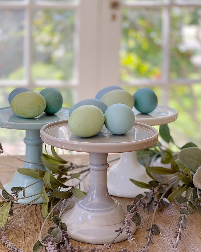 How to Dye Easter Eggs Like Araucana Eggs