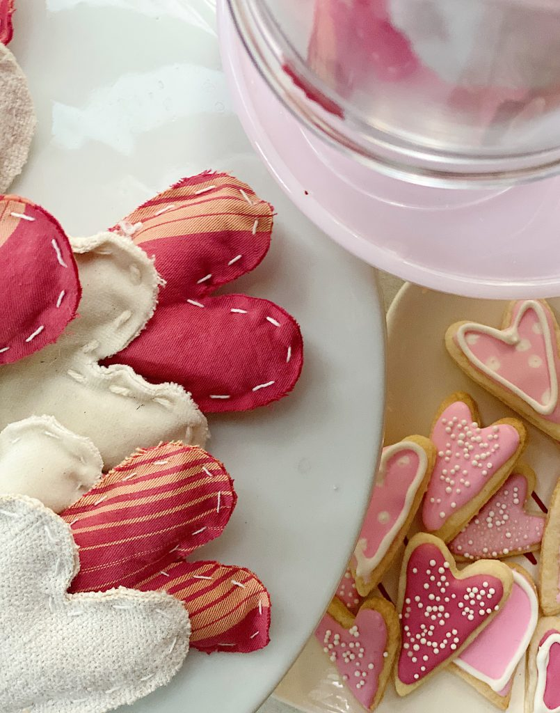 Valentine's Day DIY Vignette Hearts
