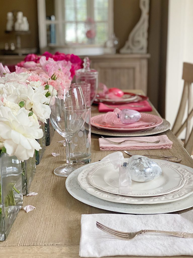 Valentine's Day Table Decorations 1