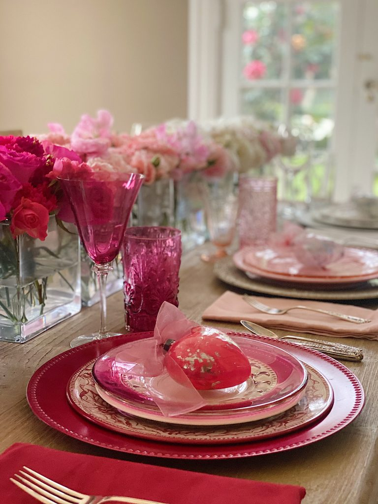 Valentine's Day Table Decorations Shades of Pink