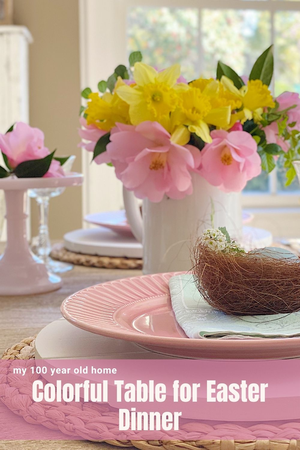 Today I am sharing a very colorful table for Easter dinner. It is easy, simple, and really fun to create.