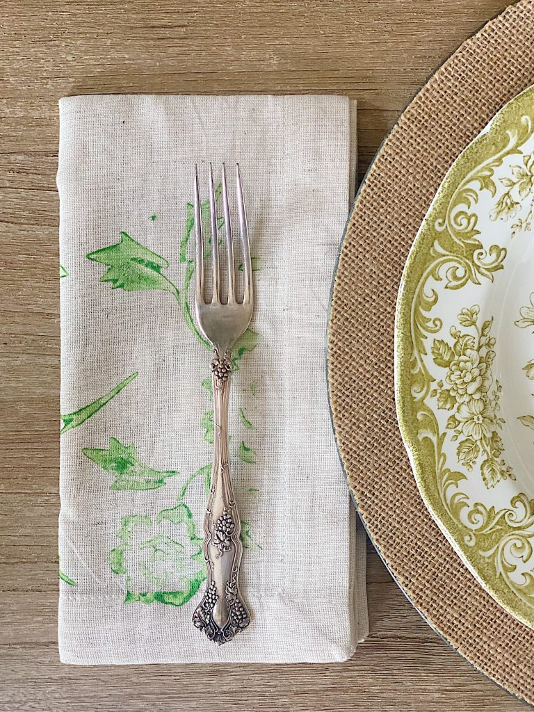 New Spring Crafts Painted Napkins