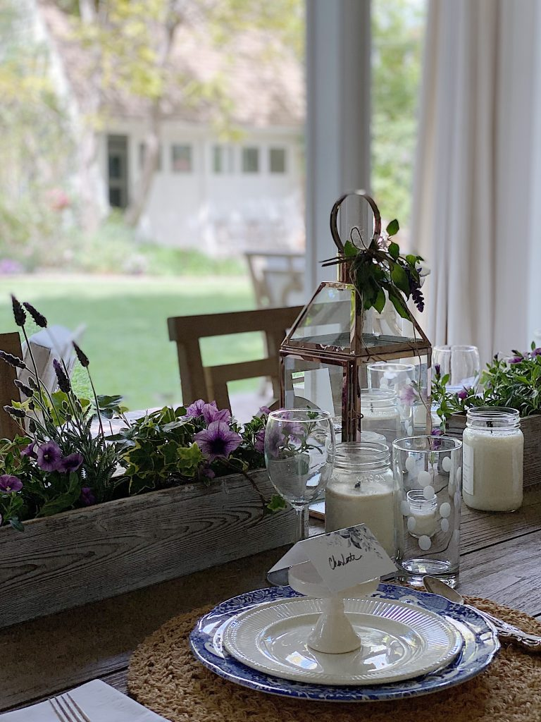 Dining Outdoor Favorites