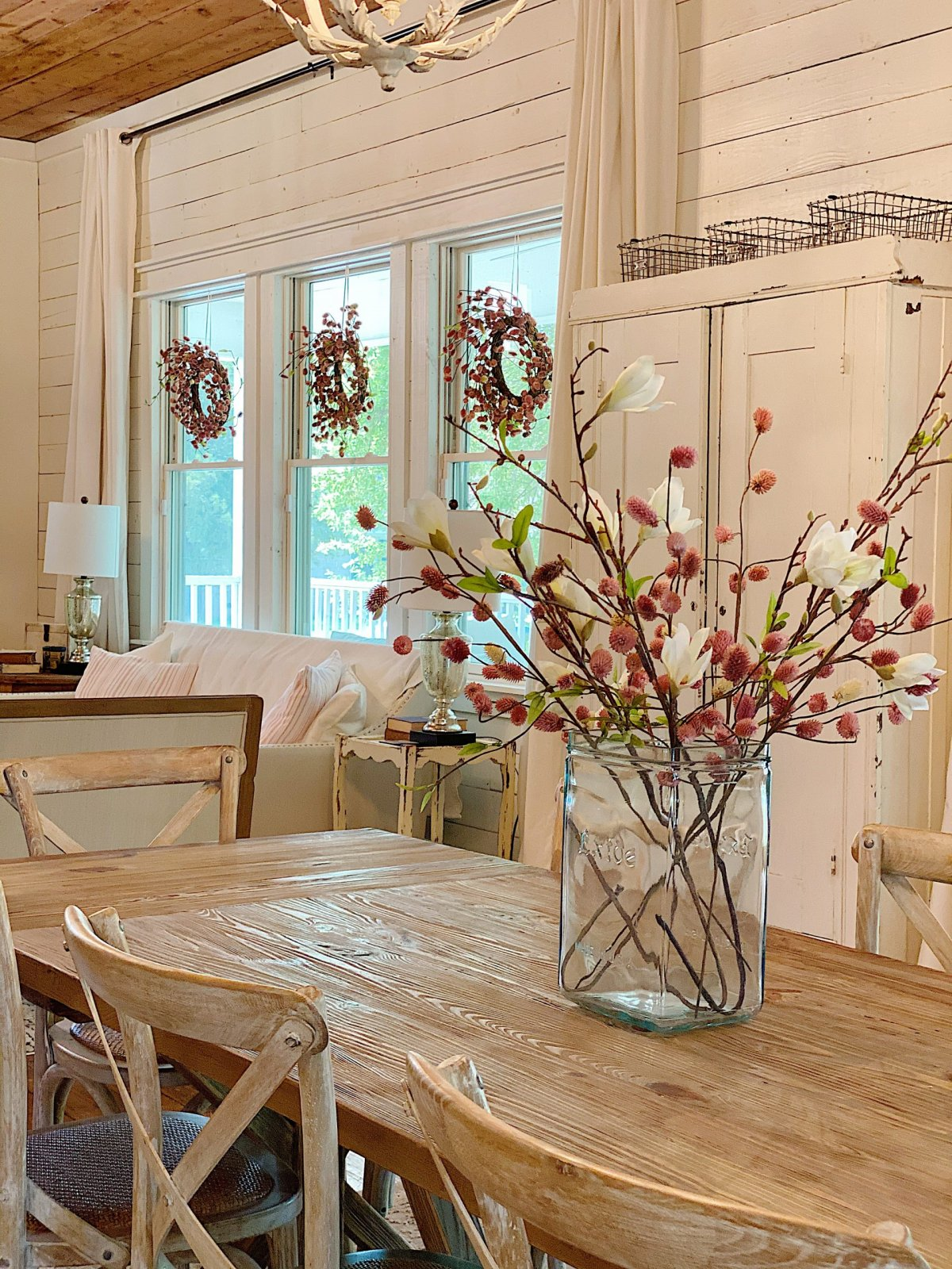 How to Decorate for Spring