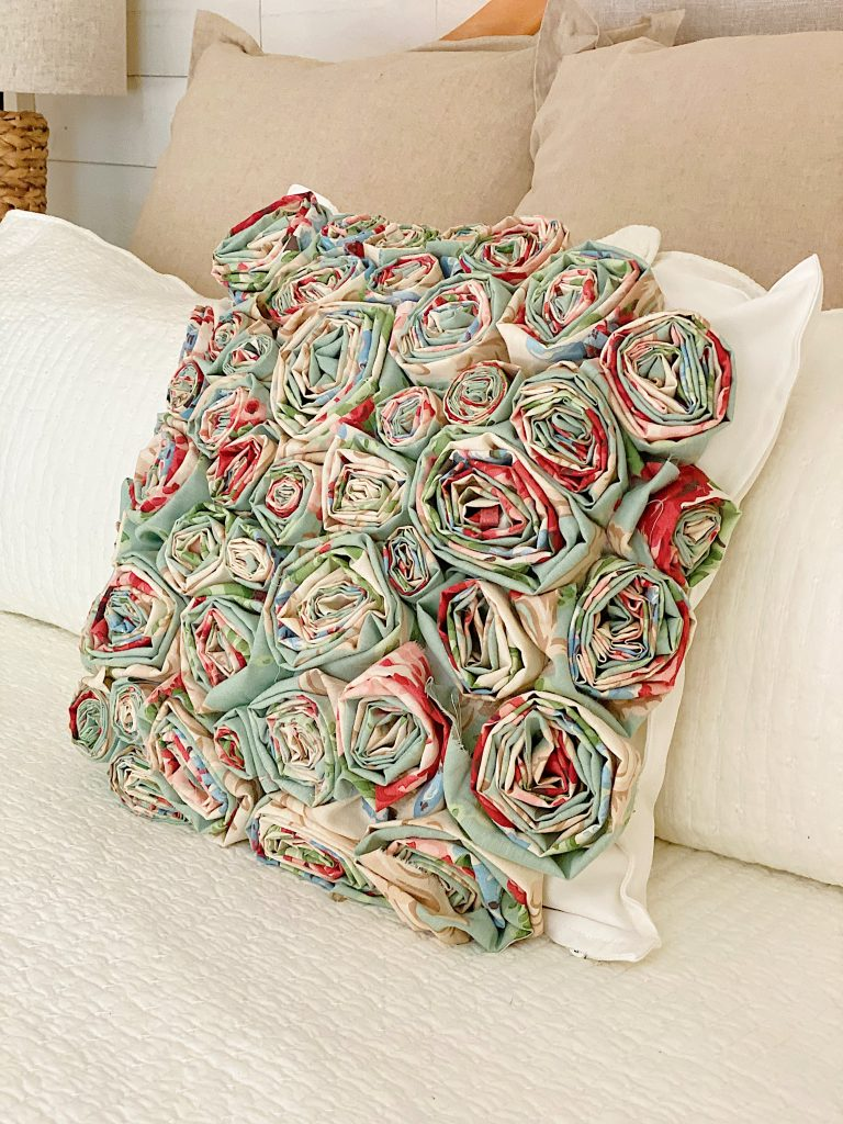 How to Make a Flower Craft Pillow 7