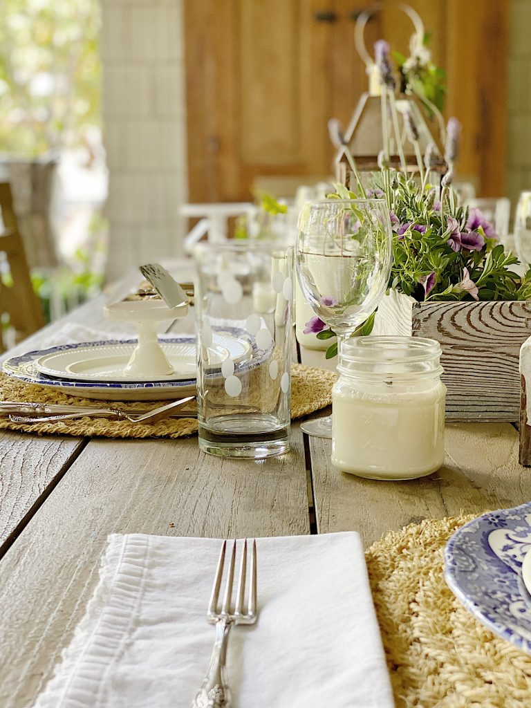 My Favorite Table Centerpiece Ideas for Outside Dining