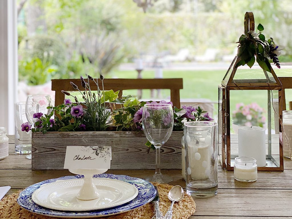 My-Favorite-Table-Centerpiece-Ideas-for-Outside-Dining-1