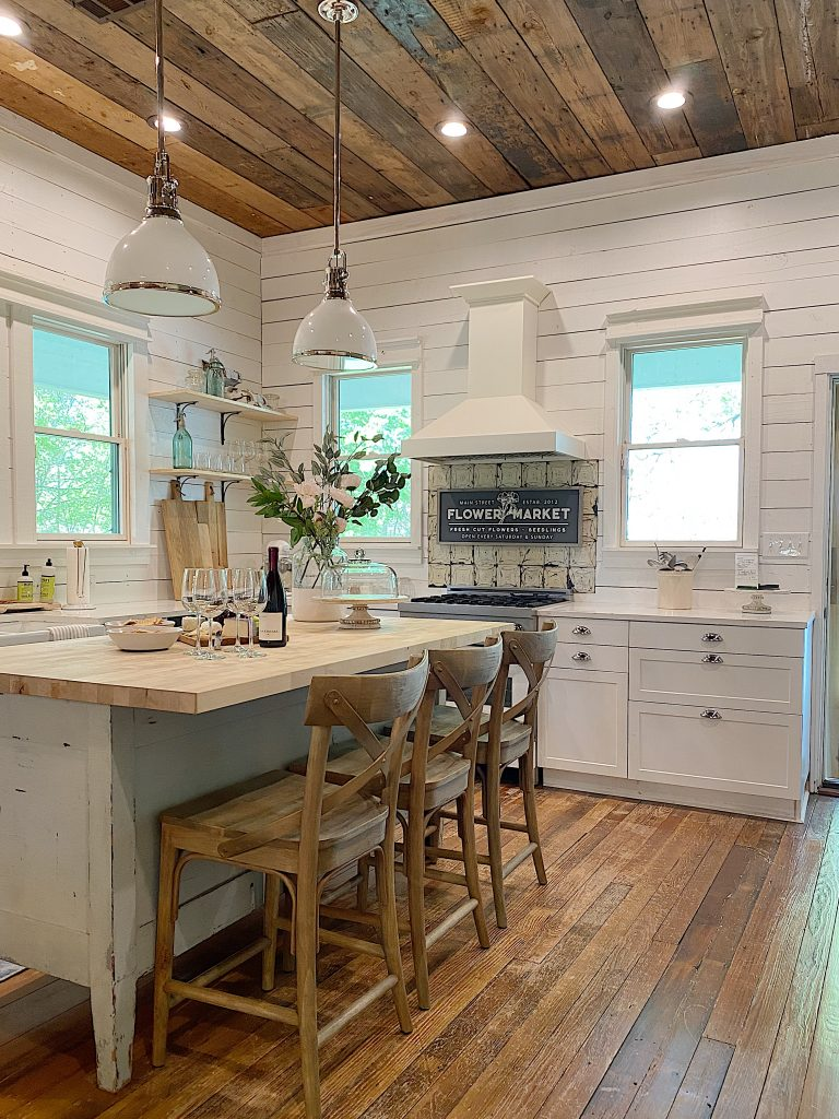 Waco Kitchen with Vintage Tile
