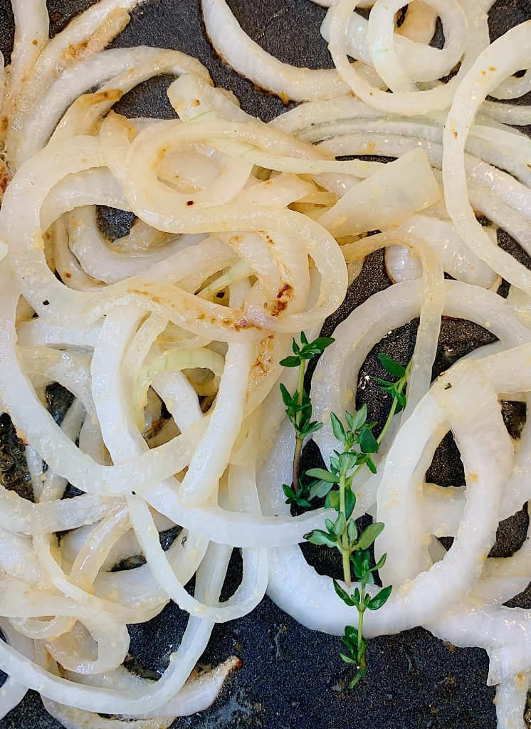 Cooking onions with Thyme