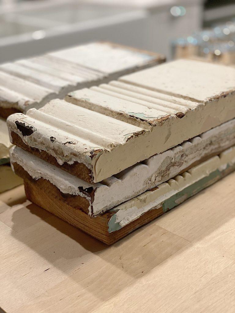 Vintage Moulding Pieces
