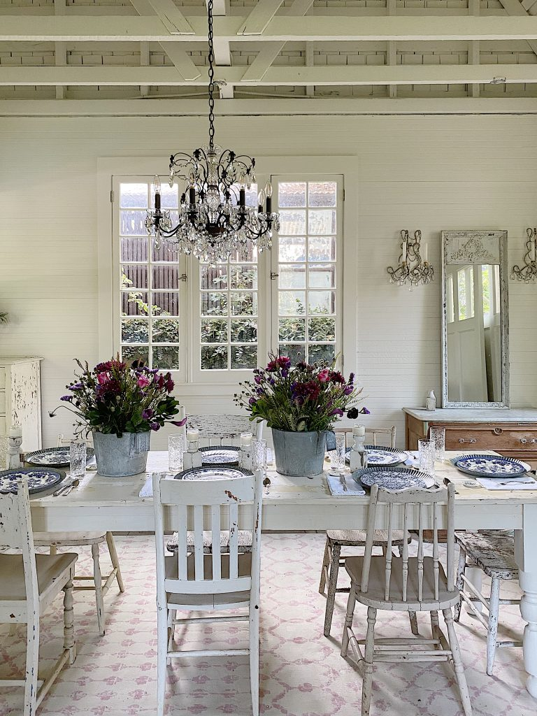 Entertaining in a Farmhouse Dining Room