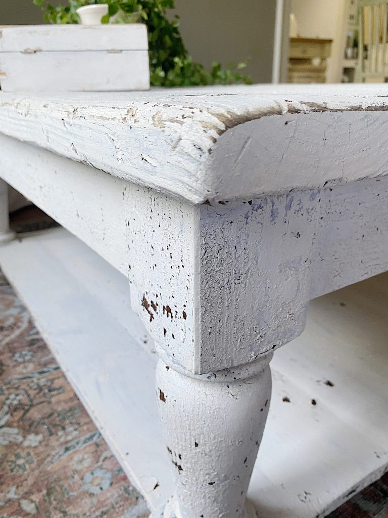 How to Refinish a Table Farmhouse Style