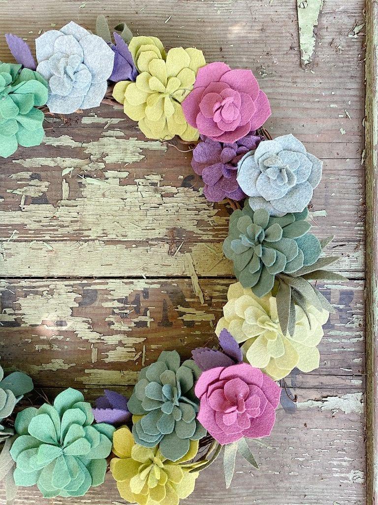 Succulent-Wreath-DIY