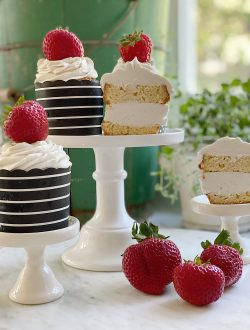 Easy Ice Cream Cupcakes with Strawberries