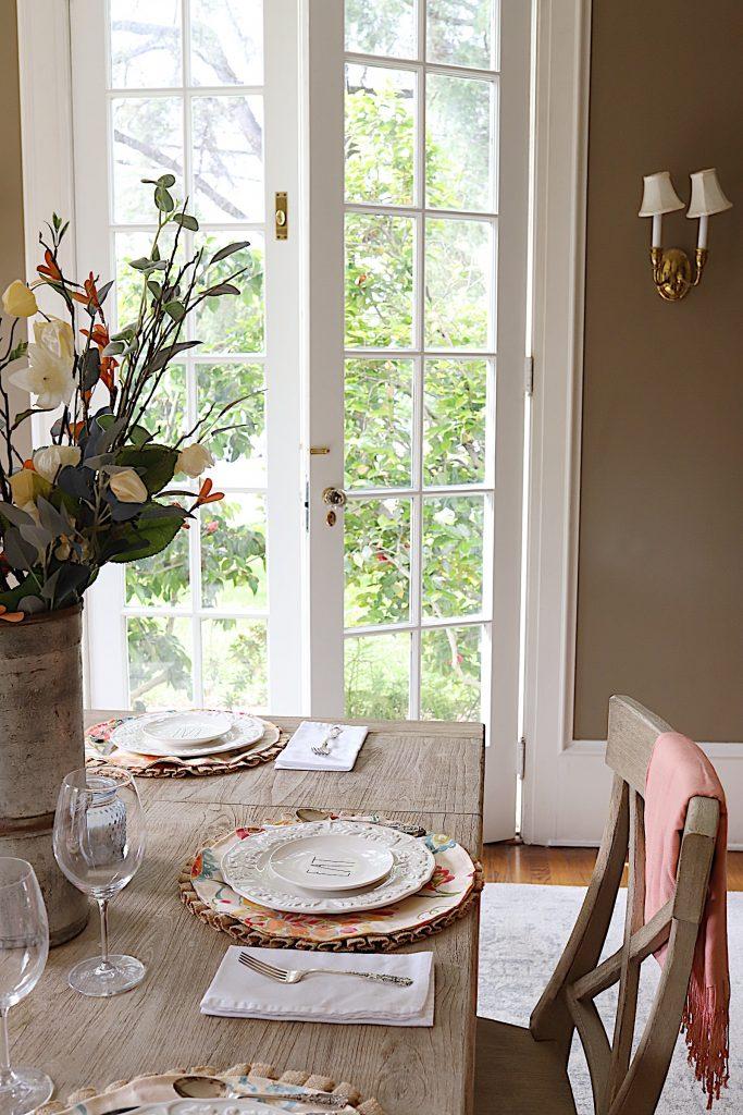 Dining Room Summer Decor