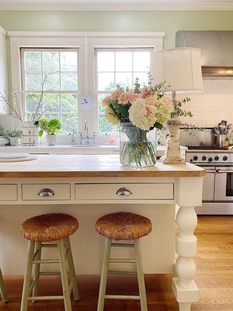 Kitchen-Summer-Decor