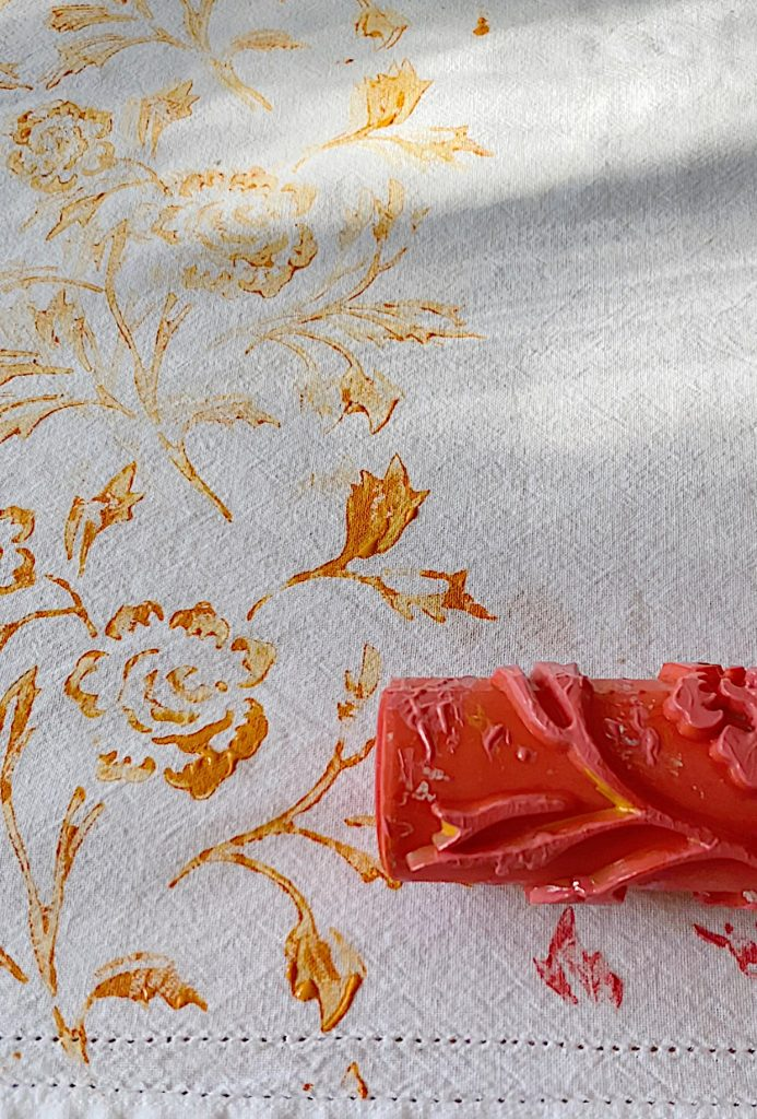 Summer Colors Tablecloth DIY with Paint and Roller