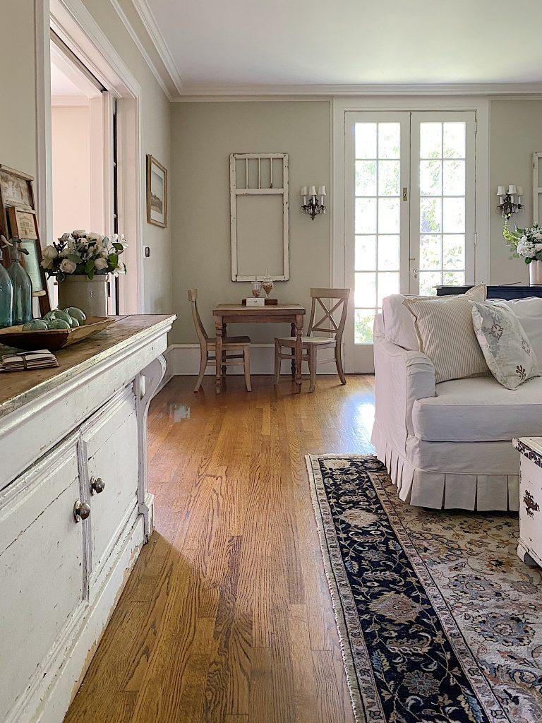 Summer Farmhouse Living Room