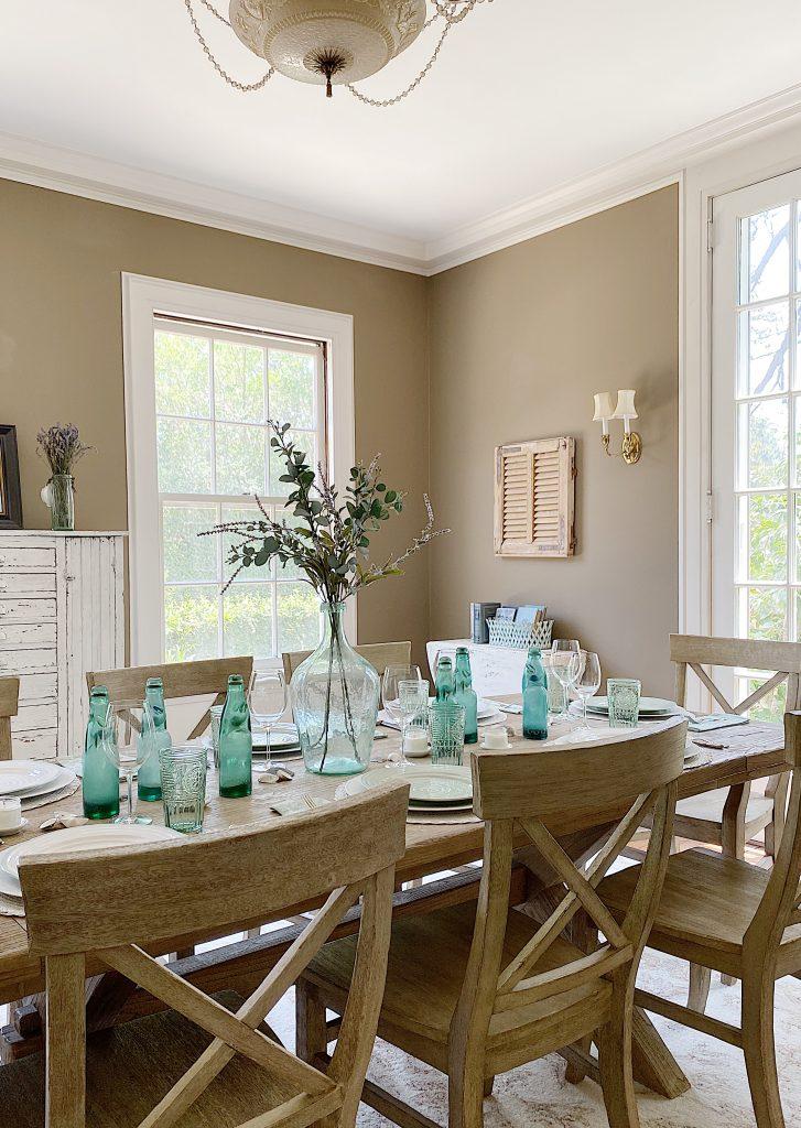 Tips for a Modern Farmhouse Dining Room