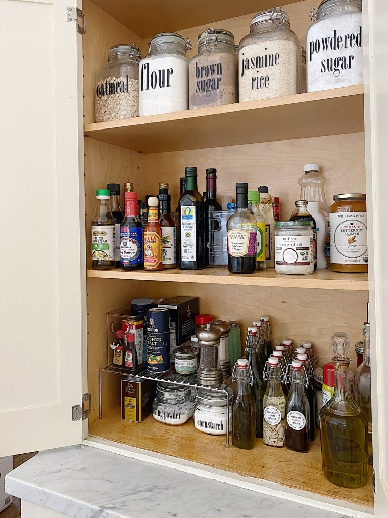 Pantry Cabinet Ideas for Fall Organization