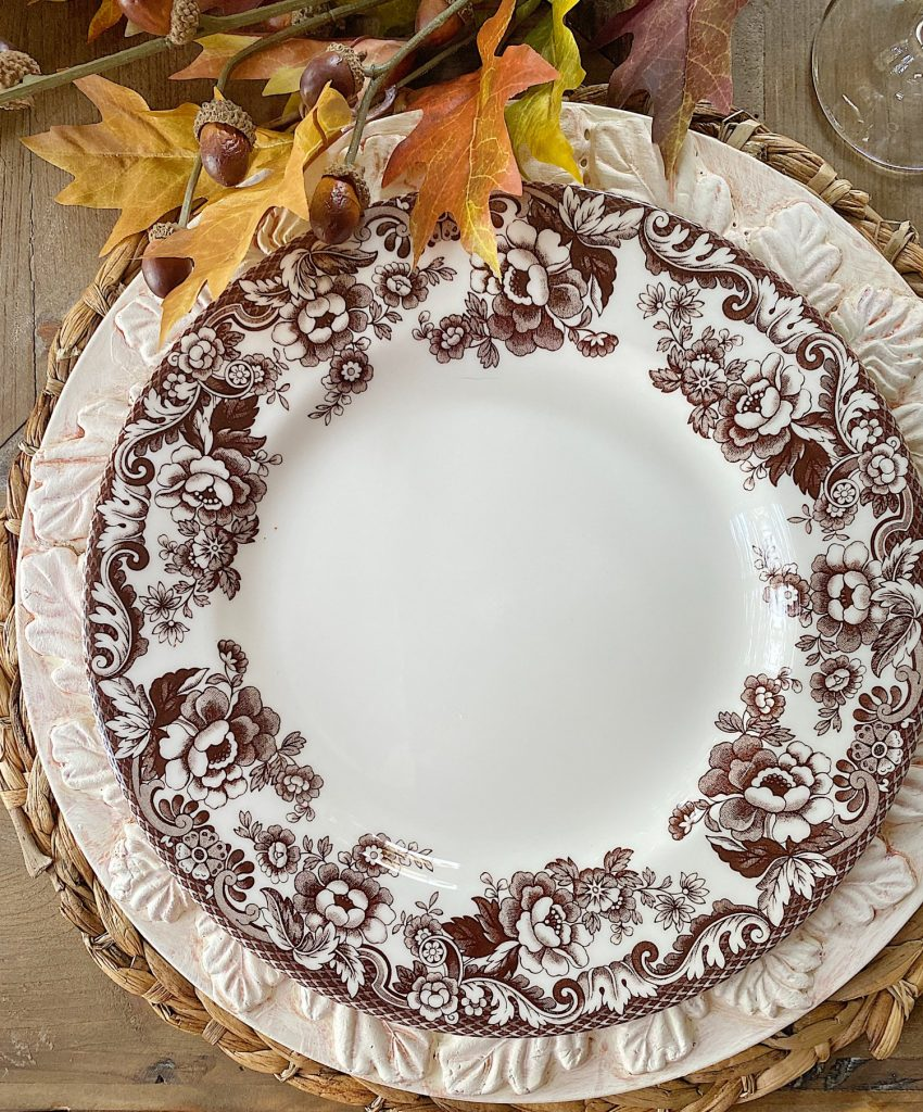 Fall Table Setting DIY Leaf Charger