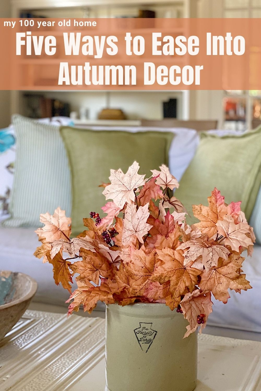 Labor Day is here and it is beginning to feel more like fall. Today I am sharing five ways to ease into Autumn decor.