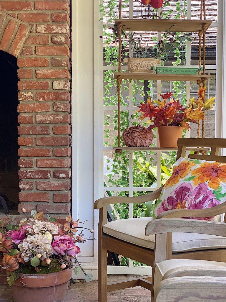 How to Decorate Your Home with Outdoor Fall Decor 2