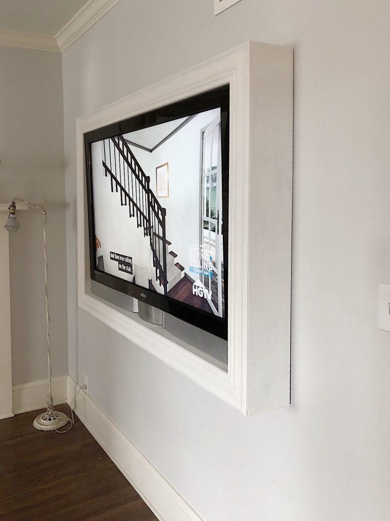 Wall Frame TV