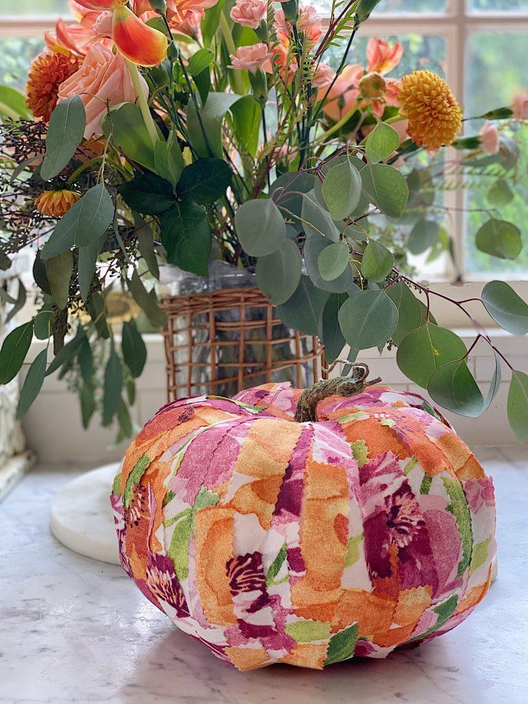 Easy Fall Cinderella Pumpkin